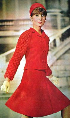 Model by:Jean Patou.Brazilian Magazine:Jóia.September 1966 vintage 60s red suit dress flared skirt quilting short crop jacket
