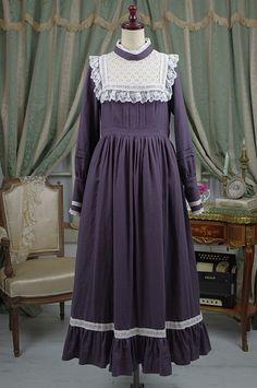 Old Fashion Dresses, Vintage Style Dresses, Lolita Fashion, Hijab Fashion, Fashion Outfits, Pretty Outfits, Pretty Dresses, Little Girl Dresses, Girls Dresses