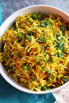 This Curry Fried Rice is packed full of flavor. Easy to make and gluten free. Us… This Curry Fried Rice is packed full of flavor. Easy to make and gluten free. Use other cooked grains, spice blends for variation. A perfect side or a light meal. Indian Food Recipes, Asian Recipes, Healthy Recipes, Healthy Food, Healthy Meals, Dinner Healthy, Vegetarian Rice Recipes, Healthy Chicken, Healthy Cooking