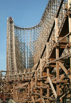 Largest Wooden Roller Coaster In The World Third tallest wooden coaster Scary Roller Coasters, Crazy Roller Coaster, Six Flags Great Adventure, Greatest Adventure, Amusement Park Rides, Abandoned Amusement Parks, Abandoned Castles, Abandoned Mansions, Abandoned Places