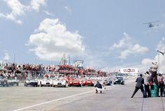 Start of the 1958 Sebring 12-Hour Grand Prix.