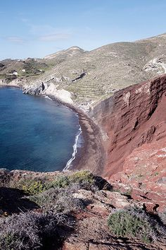 Santorini in winter: visiting the Red Beach - One Quarter Greek Red Beach Santorini, Santorini Greece, Beach Aesthetic, Travel Aesthetic, Archaeological Site, Most Visited, Weekend Getaways, Travel Ideas, Greek