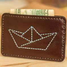 Etsy の Paper Boat Leather Slim WalletOrigami Boat Slim by bugga Leather Gifts, Leather Key, Leather Craft, Leather Wallet, Coin Card, Card Wallet, Leather Bag Design, Handbag Patterns, Leather Pattern