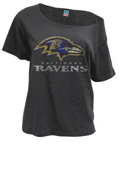 hate the ravens, but digggg the style of this shirt. especially with some lil jean shorts and sandals for summer.