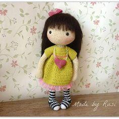 Pinning this because it's crochet Daisy! Amigurumi Patterns, Amigurumi Doll, Doll Patterns, Crochet Patterns, Kawaii Crochet, Cute Crochet, Knitted Dolls, Crochet Dolls, Crochet Fairy