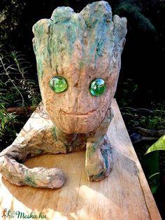 #Baby #Groot kerámia figura, virágcserép (Foenx) - Meska.hu Succulent Pots, Succulents, Baby Groot, Bonsai, Techno, Garden Sculpture, Ceramics, Outdoor Decor, Home Decor