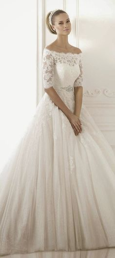 Pronovias 2015 Bridal Collections - Part 2 - Belle the Magazine . This is the most beautiful wedding gown I have ever seen in my life. 2015 Wedding Dresses, Wedding Attire, Bridal Dresses, Wedding Gowns, Bridesmaid Dresses, Wedding Blog, Lace Wedding, Wedding Ideas, Church Wedding