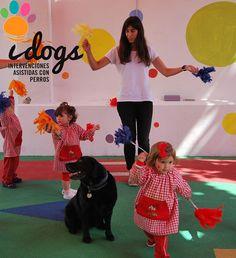 La mejor forma de #aprender es #jugando ;) #educación #PerrosDeTerapia #infantil #innovaciónEducativa #jugar #colegio #Valencia #SonrisasQueDejanHuella #idogs