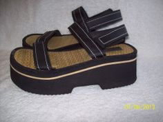 Women's~Lower East Side Sandals (Shoes) ~Size 7~Black, Velcro Close, Chunky Heel