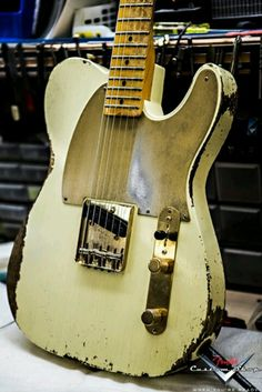 Road worn Fender Telecaster. ..  lessonator.com ..