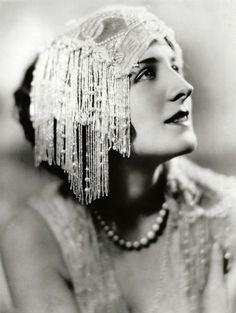 Norma Shearer, 1925