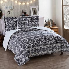9 Holiday Bedding Ideas Holiday Bed Bed Duvet Covers