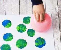 Ahogy előző hónapban a Föld órája, áprilisban a Föld napja kínál kiváló alkalmat arra, hogy foglalkozzunk a környezetvédelem és a fenntarthatóság kérdéseivel. Az alábbi videó a Föld órája programbemutatása mellett érdekes információkat is tartalmaz:   Ötletek a zöld jeles nap… Space Theme Preschool, Earth Day, Go Green, Van Gogh, Diy And Crafts, Toys, Blog, Activities, Creative