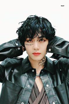 Bts Taehyung, Bts Bangtan Boy, Namjoon, Jhope, Daegu, Foto Bts, V Bts Cute, V Bts Wallpaper, Bts Korea