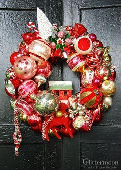 Berry Merry Wreath ©Glittermoon Vintage Christmas 2013 Christmas Past, Retro Christmas, All Things Christmas, Christmas Holidays, Christmas Ornament Wreath, Xmas Wreaths, Christmas Decorations, Vintage Wreath, Vintage Ornaments