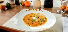 Thai Red Curry, Tableware, Ethnic Recipes, Food, Cooking, Simple, Christmas, Dinnerware, Essen