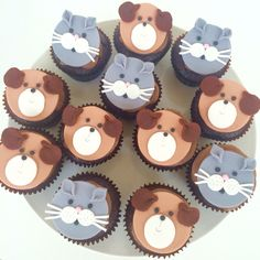 Cats and dogs cupcakes toppers