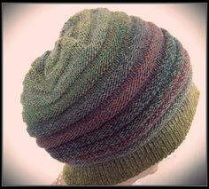 slouch cap... oh I love this... makes me kinda wish it were winter!