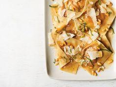 Pumpkin Wonton Ravioli recipe from Ree Drummond via Food Network Pumpkin Recipes, Fall Recipes, Dinner Recipes, Dinner Dishes, Dinner Table, Lunch Recipes, Vegetarian Recipes, Pasta Recipes, Cooking Recipes