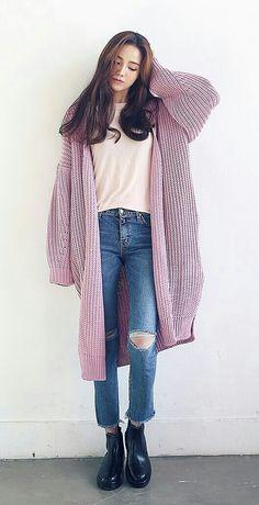Trend Winter Korean Style - Fits your own style instead of hourly . - Trend Winter Korean Style – Fits your own style instead of hours of preparation Find stylish mode - Korean Fashion Tomboy, Korean Fashion Dress, Korean Fashion Winter, Winter Fashion Casual, Korean Street Fashion, Ulzzang Fashion, Kpop Fashion, Korean Outfits, Cute Fashion