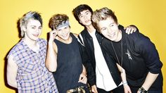 5SOS LIVE from MTV!