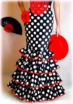 FALDAS, BLUSAS Y TRAJES CAMPEROS – LOLAYLO. TRAJES DE FLAMENCA Y FALDAS DE SEVILLANA. African Fashion Dresses, African Dress, Fashion Outfits, Womens Fashion, Spanish Dancer, Flamenco Dancers, Beautiful Outfits, Beautiful Clothes, Fishtail