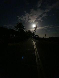 Near Butterfly Beach, Montecito http://www.pinterest.com/lyrici/super-moon/