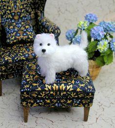 1: 12 Scale Dollhouse Miniature Westie Dog