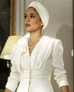Me quiero hacer esta chaqueta. Vestuario Sira Quiroga. El Tiempo entre Costuras