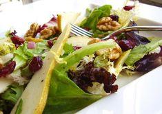 Le insalate invernali sono una raccolta di ricette per depurarsi e ristabilire il giusto equilibrio nell'organismo dopo gli abbondanti e sregolati pasti delle festività.
