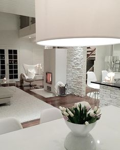 White brick walls - Photo by: . Home Living Room, Interior Design Living Room, Living Room Designs, Living Room Decor, Interior Decorating, Sweet Home, White Brick Walls, Deco Design, House Rooms