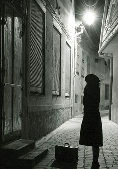 julia barbu.  http://1x.com/photo/28685/portfolio/13098