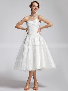 Strapless Tea Length Wedding Dress - Dress for Country Wedding Guest Check more at http://svesty.com/strapless-tea-length-wedding-dress/