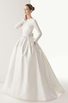 أجمل فساتين روزا كلارا لتطلي كأميرة متوجه يوم زفافك