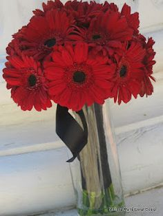 Gerber Daisy bouquet done right! Melissamariefloraldesign.blogspot.com
