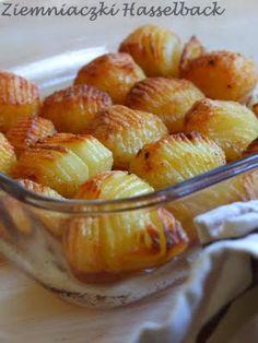 ciastko z dziurką: Ziemniaczki Hasselback B Food, Polish Recipes, Fruit Salad, Macaroni And Cheese, French Toast, Appetizers, Food And Drink, Potatoes, Sweets