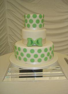 Green Polka Dot Wedding Cake | Vanilla with raspberry coulis… | Flickr