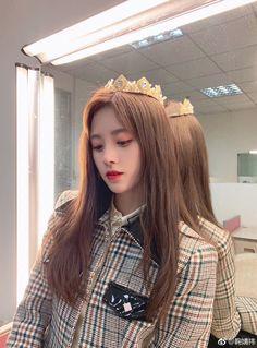 Stella Fashion, Jing Jing, Girls Crown, Teen Celebrities, Celebs, Beautiful Chinese Girl, Uzzlang Girl, Ulzzang Couple, China Girl