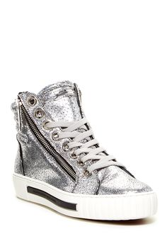 Frank Platform Sneaker by Alessandro Dell'Acqua on Sneaker Games, Metallic Sneakers, Casual Chic Style, Shoe Boots, Shoes, Sneakers Fashion, High Top Sneakers, Autumn Fashion, Footwear