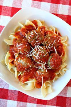 Turkey- Pesto Meatballs + Cookbook #Giveaway from Recipe Boy!