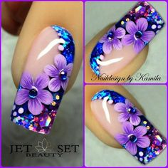 Beautiful nail art designs that are just too cute to resist. It's time to try out something new with your nail art. Beautiful Nail Designs, Beautiful Nail Art, Fancy Nails, Trendy Nails, Hot Nails, Hair And Nails, Purple Nail Art, Flower Nail Art, Nagel Gel