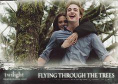 Flying through the trees (Volar a través de los árboles) <3