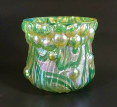 ANTIQUE-C1900-LOETZ-ART-GLASS-BUBBLE-3-1-2-GREEN-IRIDIZED-VASE-BOWL-DISH