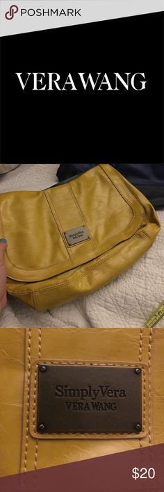 "SIMPLY VERA 12""w x 9""h strap drop 13"" FALL PURSE🍂 Perfect for Fall 🍂 Mustard Yellow and Black with burnished brass hardware. Versatile as well may be worn in different seasons by accessorizing differently. Not a tiny purse but also not oversized. I have arthritis in both shoulders and found this hobo style very comfortable and it prevented me from putting too much in it to make it difficult to carry. Definitely a quality vintage Vera. I take excellent care of my items as you may see in…"