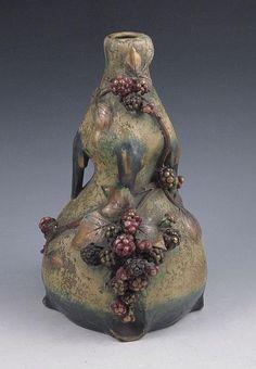 """Amphora """"EDDA"""" vase with raspberries"""