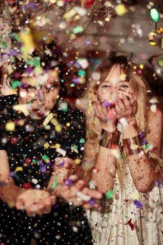 ... à une fête surprise...