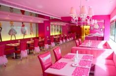 Barbie Cafe, Taipei - OMG shut up there is a barbie cafe and I can't die without visiting !!!!