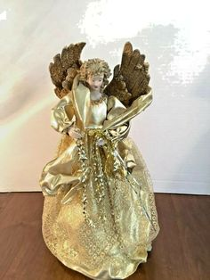 VINTAGE CHRISTMAS ORNAMENT MIKASA GLASS ANGEL HOLDING STAR 3 1//2/""