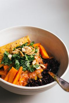 carrot coconut curry with crispy tofu — sobremesa.