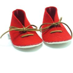 Bright Red handmade felt babyshoes with a shoestring by Supernana. Approximate price $27, worldwide shipping.